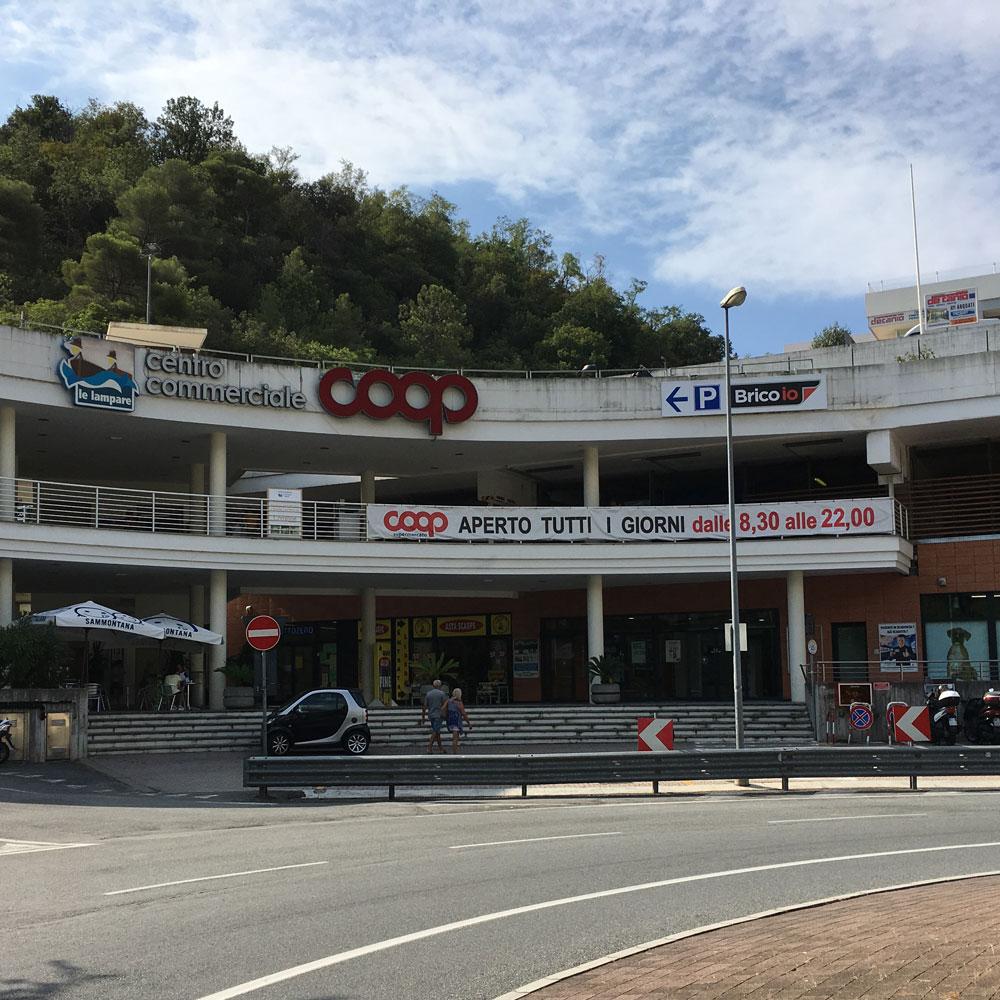 Centro Commerciale Lampare Arenzano